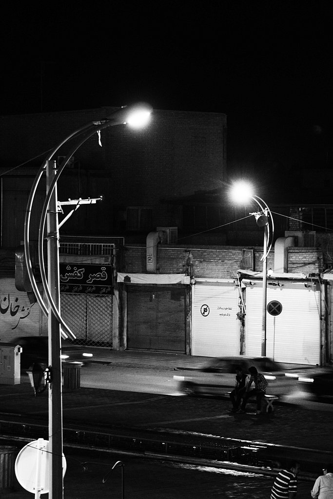 Night at the roads of Yazd.
